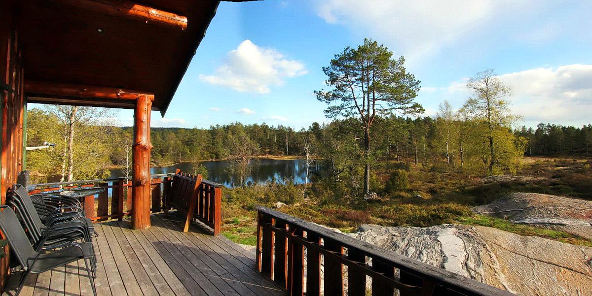 525 Trollstua Lindesnes. m badstu, stamp, båt. Hund ok.